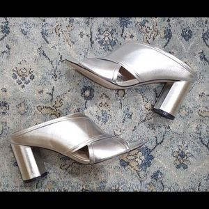 NEW! Stuart Weitzman-Galene Heels- Silver 👠